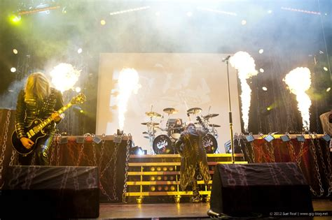 U Bahn Porsche Arena Stuttgart by Judas Priest Thin Lizzy 03 05 2012 Porsche Arena