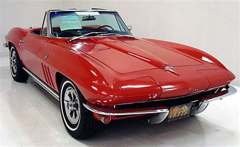 corvette by year pictures friday s featured corvettes proteam corvettes year end