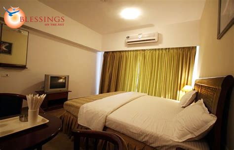 resorts with rooms in thane golden valley resort