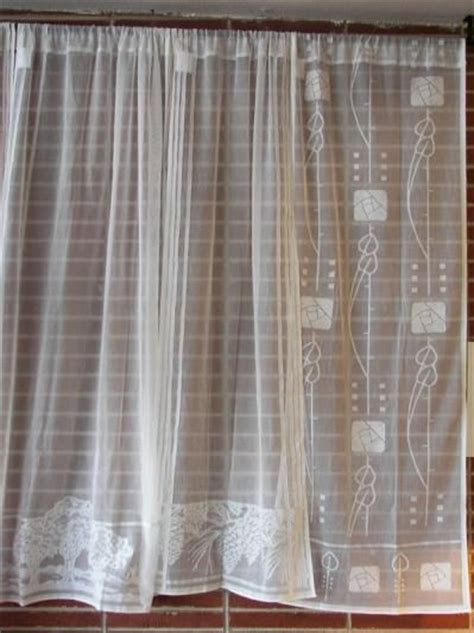cottage lace curtains 114 best images about window dressing on