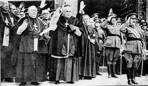 la iglesia de franco franco y la iglesia en la posguerra una beatificaci 243 n a golpe de pistola falsasbanderas com