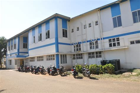Ranking Mba Colleges Bhopal by Maulana Azad National Institute Of Technology Manit