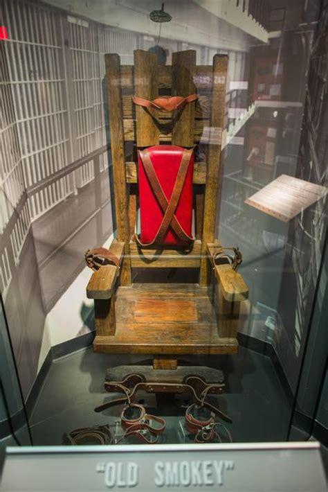 la sedia elettrica pena di morte in tennessee torna la sedia elettrica