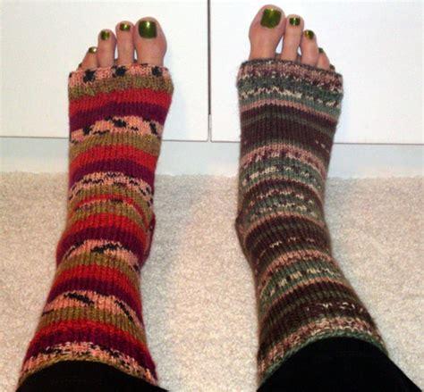 pattern for socks to wear with flip flops flip flop socks my style pinterest