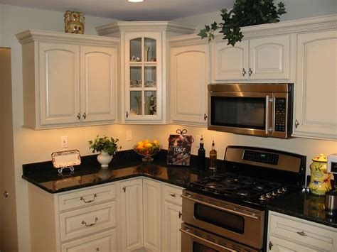 Oxford Kitchen Cabinets Photos Kitchens With Painted Maple Or Rustic Alder Cabinets Oxford Kitchen Bath