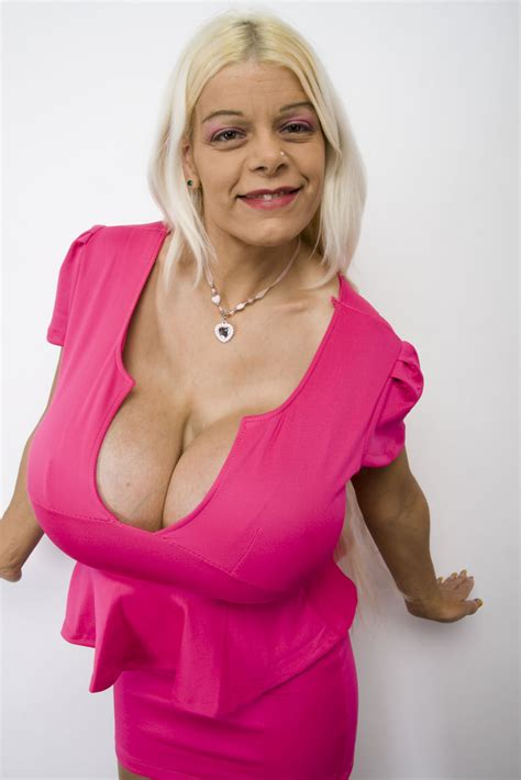 martini big martina big and cleavage cleavage