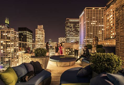 top chicago rooftop bars cerise rooftop bars in loop chicago