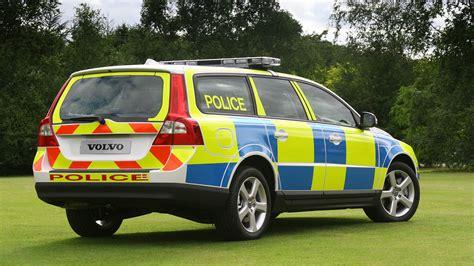 volvo  uk police car photo gallery autoblog