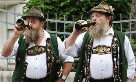 gallery of obese women from germsny witamy na oktoberfest 990px pl fotoreportaże galerie