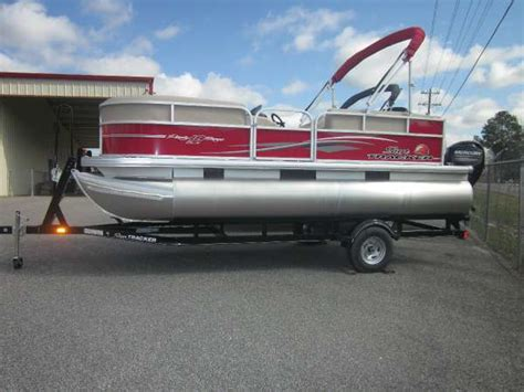used pontoon boats dothan al sun tracker party barge 18 dlx pontoon boats new in dothan