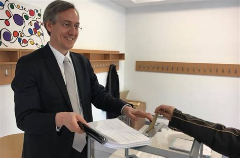 scrutateur bureau de vote pr 233 sidentielles 2017 taux de participation record hier 224