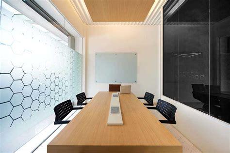 gambar layout ruangan rapat gambar dan ide desain ruang meeting arsitag