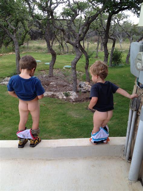 little boy show pee pee pee standing boy tallgibb blogspot boy style the cross family caleb and the potty