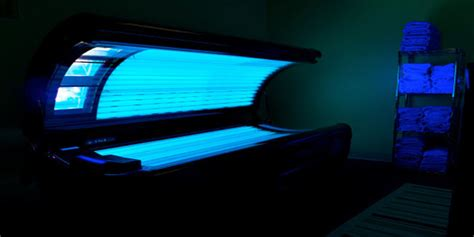 how do tanning beds work how does a tanning bed work tanning