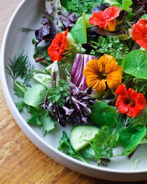 Edible Flowers For Your Veggie Garden She Cooks She Gardens Edible Flower Garden