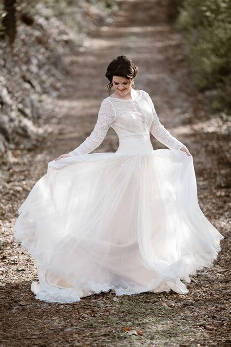 romantic icy winter wedding inspiration glamour grace