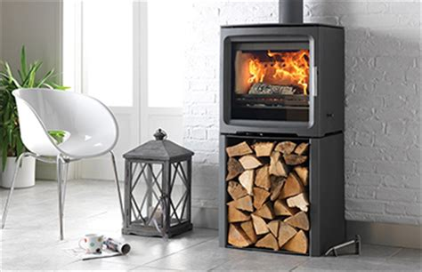 Burning Unseasoned Wood In Fireplace by The Benefits Of Kiln Dried Firewood Easy Fireplace