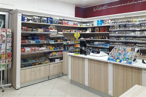 arredamento per tabaccherie arredamenti per tabaccherie ab arredamenti negozi tivoli