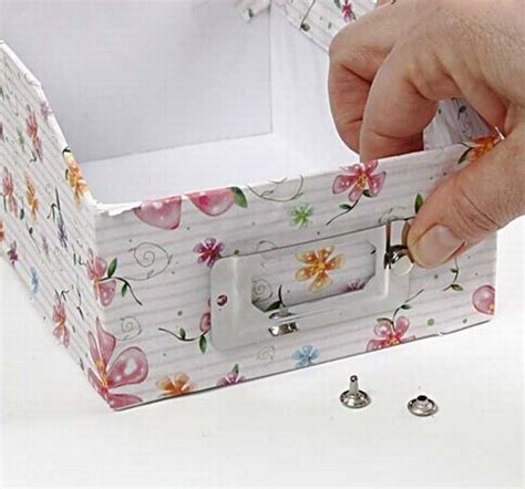 Decoupage Cardboard Box - decoupage on cardboard archive boxes