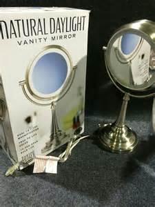 Daylight Vanity Mirror by Sunter Daylight Vanity Mirror 10x Magnification
