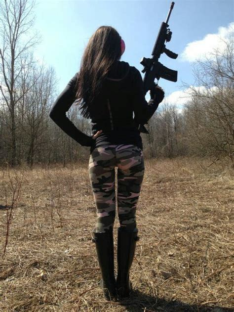 Shoes Tactical 511 Black Paintball Paint Murah with guns pistols and