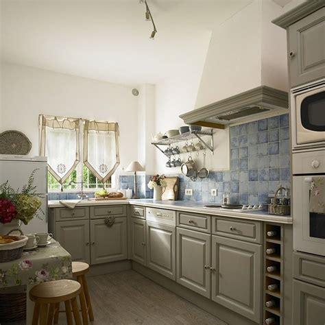Duck Egg Blue Kitchen Cabinets Vicky S Home Villa Jasmin Una Casa De Estilo Provenzal