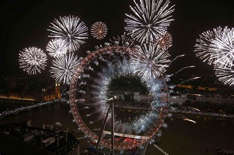 new year celebrations 2014 new years celebration in 2976387 9893 the