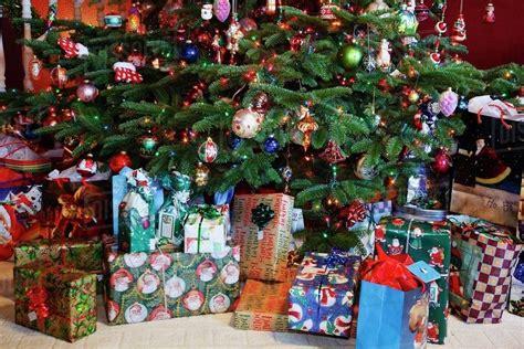 christmas tree  gifts   stock photo dissolve