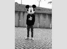 """Why do people that have """"swag"""" on tumblr love Mickey Mouse ... Mickey And Minnie Mouse Tumblr Black And White"""