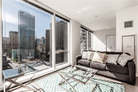 Apartments In Chicago For 500 500 Lakeshore Junior 1br Furnished Apartments And