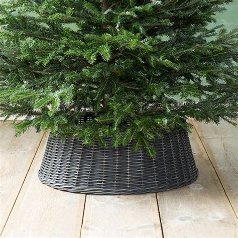 tree skirts don t forget the tree skirt