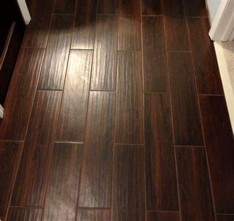 tile that looks like wood flooring choosing tile flooring looks like wood in dining room