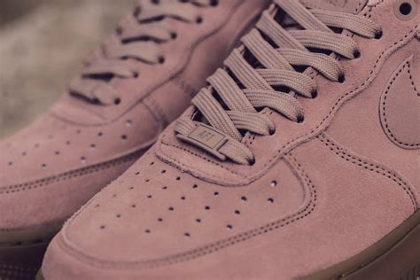 Set Pink Nike 1 the nike air 1 low particle pink also available in s sizing sneakers cartel