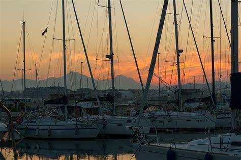 porto turistico di pescara barche al tramonto porto turistico pescara abruzzo