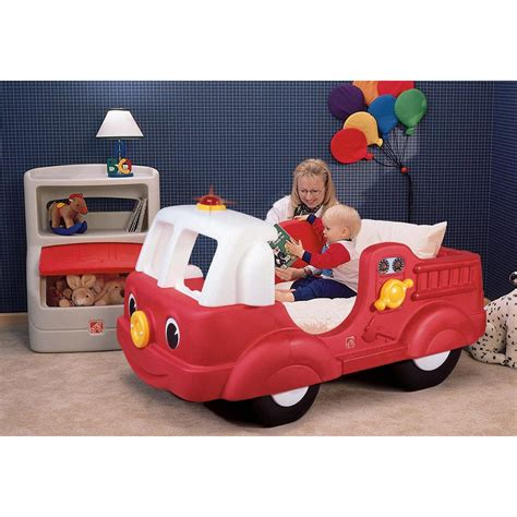 toddler fire truck bed step 2 174 fire engine toddler bed 172383 kid s furniture at sportsman s guide