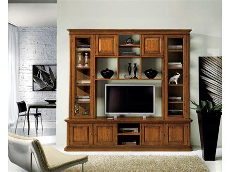 mobili soggiorno classici legno soggiorno in legno stile classico porta televisione