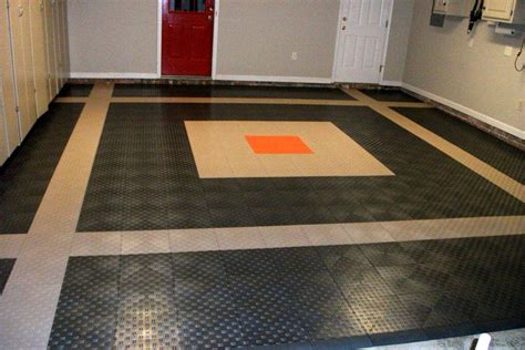 Rubber Flooring For Garage by The Aspects Of Choosing Rubber Garage Flooring Home