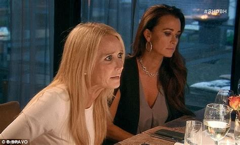 what is the issue between kim and kyle richards kathy hilton says kim richards coping in rehab as her