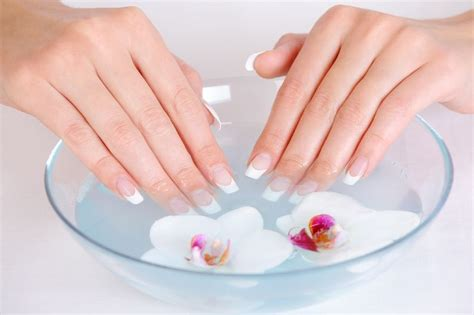 manicure at home with pictures and easy steps