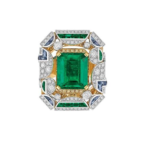 best of 2014 emerald rings the jewellery editor