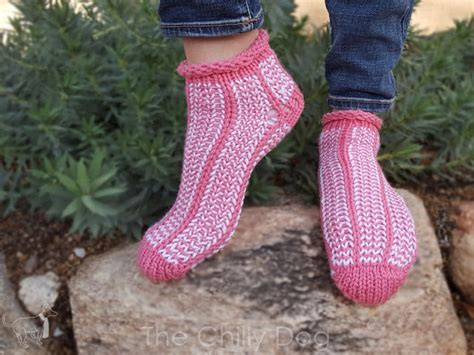 how to loom knit socks clover oval loom sock pattern the chilly