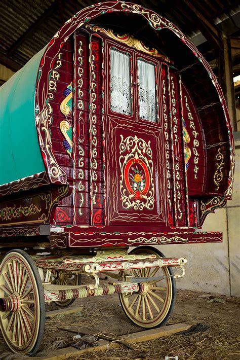 restoring  gypsy caravan steve blackwell signs