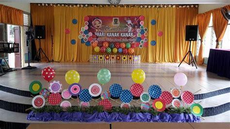 contoh desain dekorasi panggung acara perpisahan