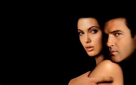 download video film original sin temptation original sin film actors angelina jolie