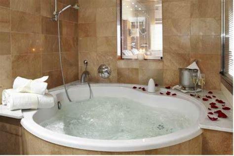 hoteles baratos con jacuzzi en la habitacion barcelona hoteles con jacuzzi en la habitacin en girona