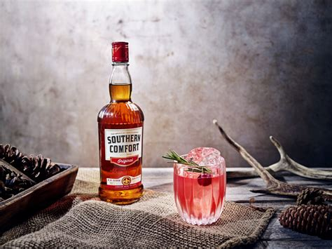 southern comfort sour hi spirits serves up christmas cocktail ideas shiel porter