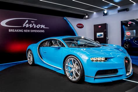 bugatti chiron dealership bugatti chiron to do 0 250 0 mph in a minute