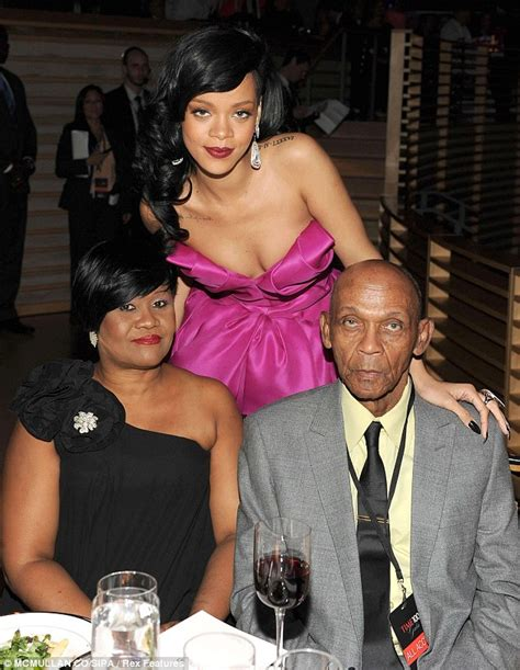 rihanna and her mom marisa dickey rihanna