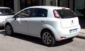 2012 Fiat Punto File Fiat Punto 2012 5door Rear Jpg Wikimedia Commons