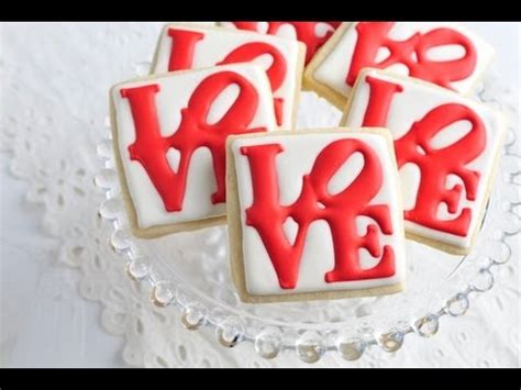 how to decorate love park cookies royal icing transfers
